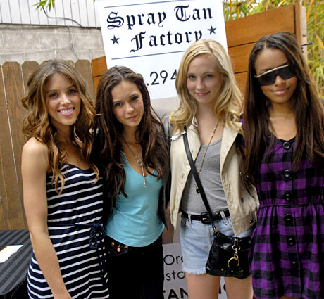 Stars of The Vampire Diaries Kayla Ewell, Nina Dobrev, Candice Accola and friend.