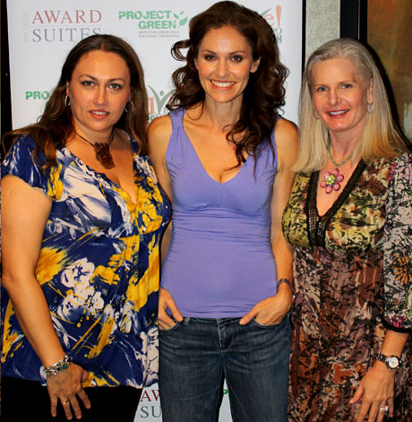 ALIVE! Expo's Patrycja Siewert-Towns, Kim Shimmel with Amy Brenneman. Patrycja is wearing  an Ann-Made recycled bracelet.