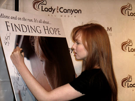 Molly-quinn-finding-hope-premiere