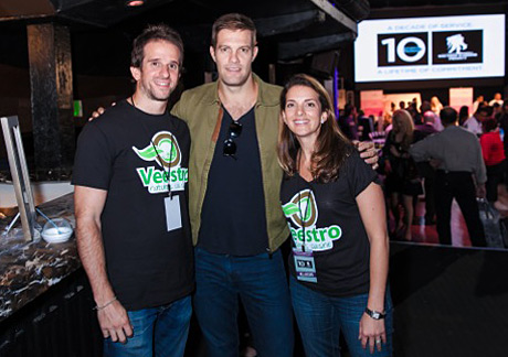 Actor-Geoff-Stults-with-Veestra