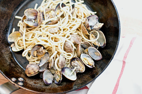 LinguineallaVongolePan