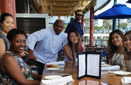 Food aficiandos influencers/media chat with Kincaids' General Manager Reggie Thomas