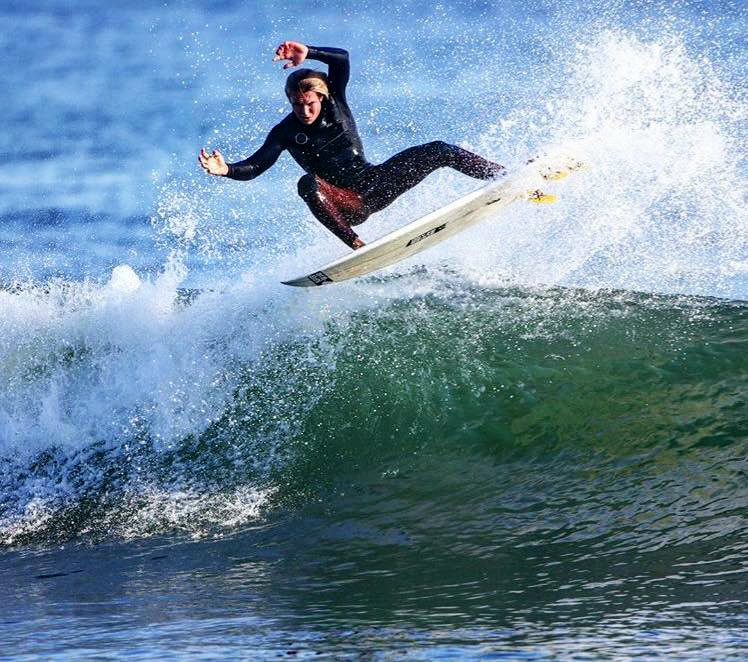 Chris Kervin of Newport Beach, CA ompetes in the WSL Powerade Surf Open in Mexico