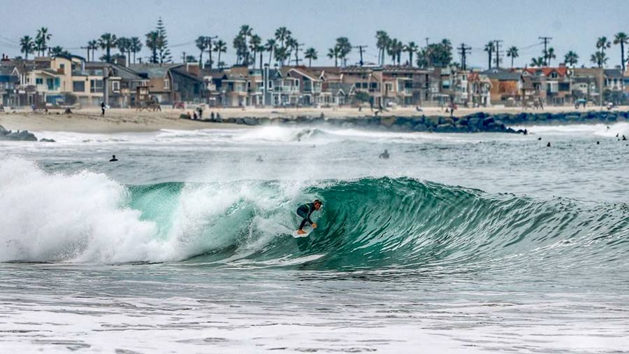 Chris Kervin of Newport Beach, CA ompetes in the WSL Powerade Surf Open in Mexico. Photo: Stan Sievers
