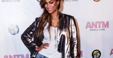 Tyra Banks Releases America's Next Top Model Mobile Game App