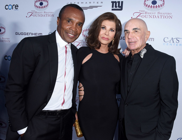Sugar Ray Leonard with Linell Shapiro and Robert Shapiro