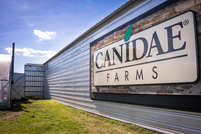 CANIDAE_FARMS