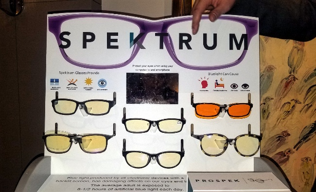 Spektrum Blue Light protection glasses GBK Golden Globes