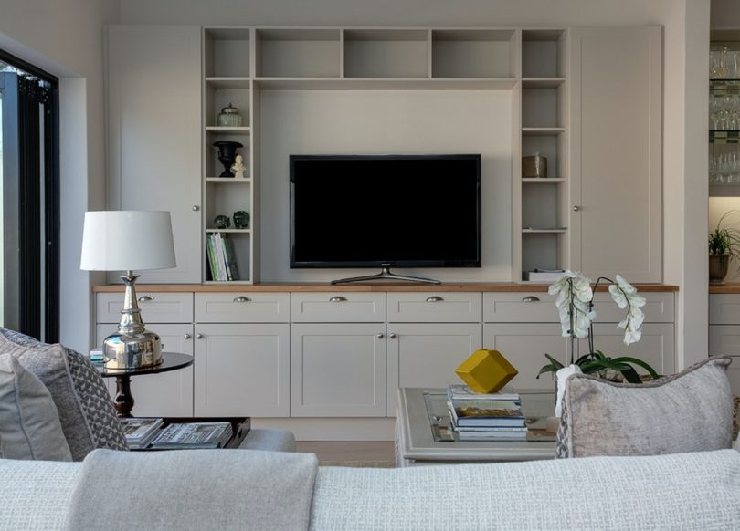 7 Ways To Create The Best Living Room Space La S The Place Los Angeles Magazine